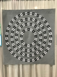3rd place, Piecing category. Vertigo by Elaine Poplin. Reconstruction of a 2002 Bangio Pinna illusion. Started as a dare!
